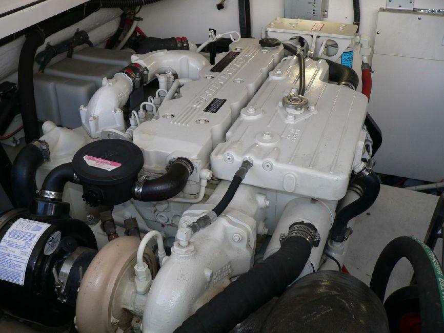 Tiara 36 Open Port Diesel Engine