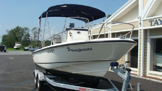 2008 Boston Whaler 190 Outrage