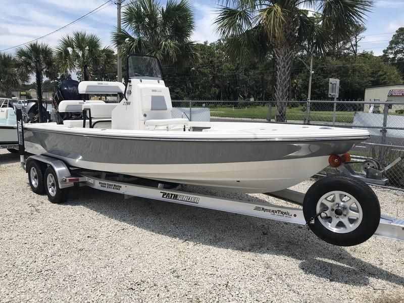 2019 Pathfinder 2200 Tournament Edition Power Boat For