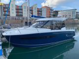 photo of 29' Jeanneau Merry Fisher 895
