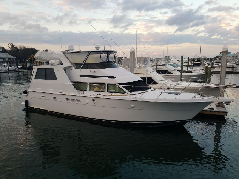 1998 Hatteras 52 Cockpit Motor Yacht Power Boat For Sale - www.yachtworld.com