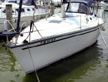 1988 Hunter 37 Legend