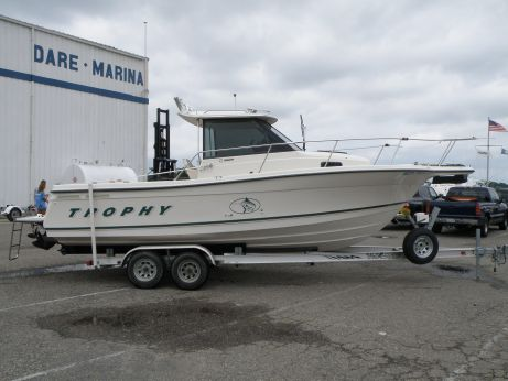 2000 Bayliner 2352 Trophy