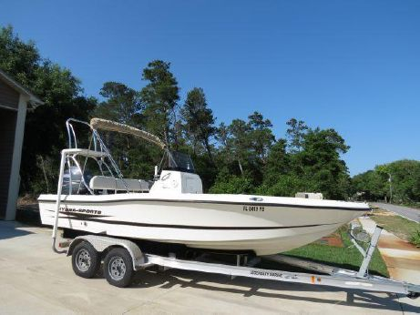 2010 Hydra-Sports 19 Bay Boat