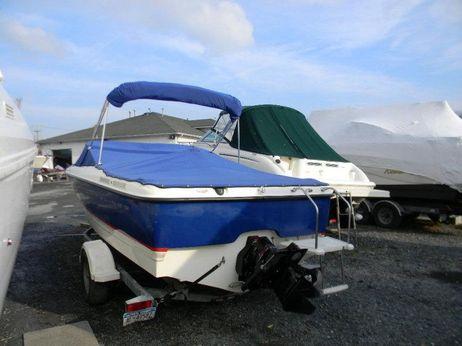 2004 Bayliner Boats 215 BR