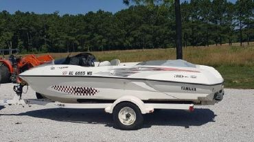 2000 Yamaha Boats 310