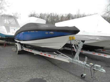 2012 Regal 2200 Bowrider