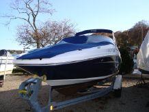 2011 Sea Ray 220 Sundeck