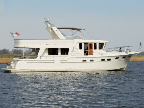 2010 Adagio 51.5 Europa low bridge clearance