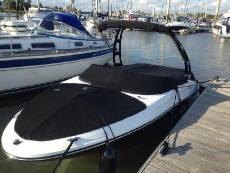 2015 Sea Ray 190 Sport