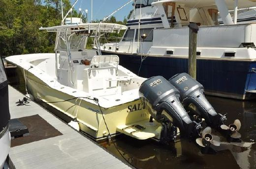 2006 Outerbanks Custom Carolina 32CC Offshore