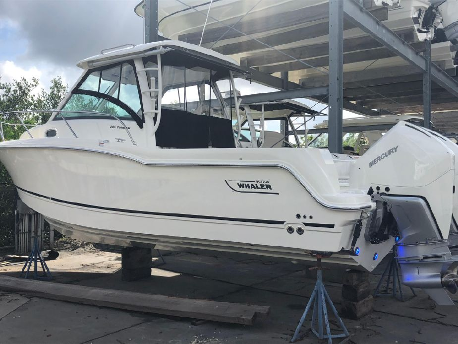 2019 Boston Whaler 285 Conquest Power Boat For Sale - www