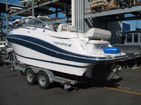2005 Four Winns 258 Vista