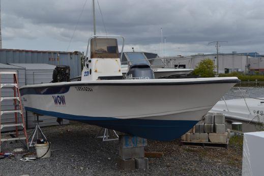 2000 Carolina Skiff Sea Chaser 210