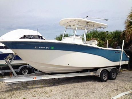 2009 Sea Fox 256 CENTER CONSOLE