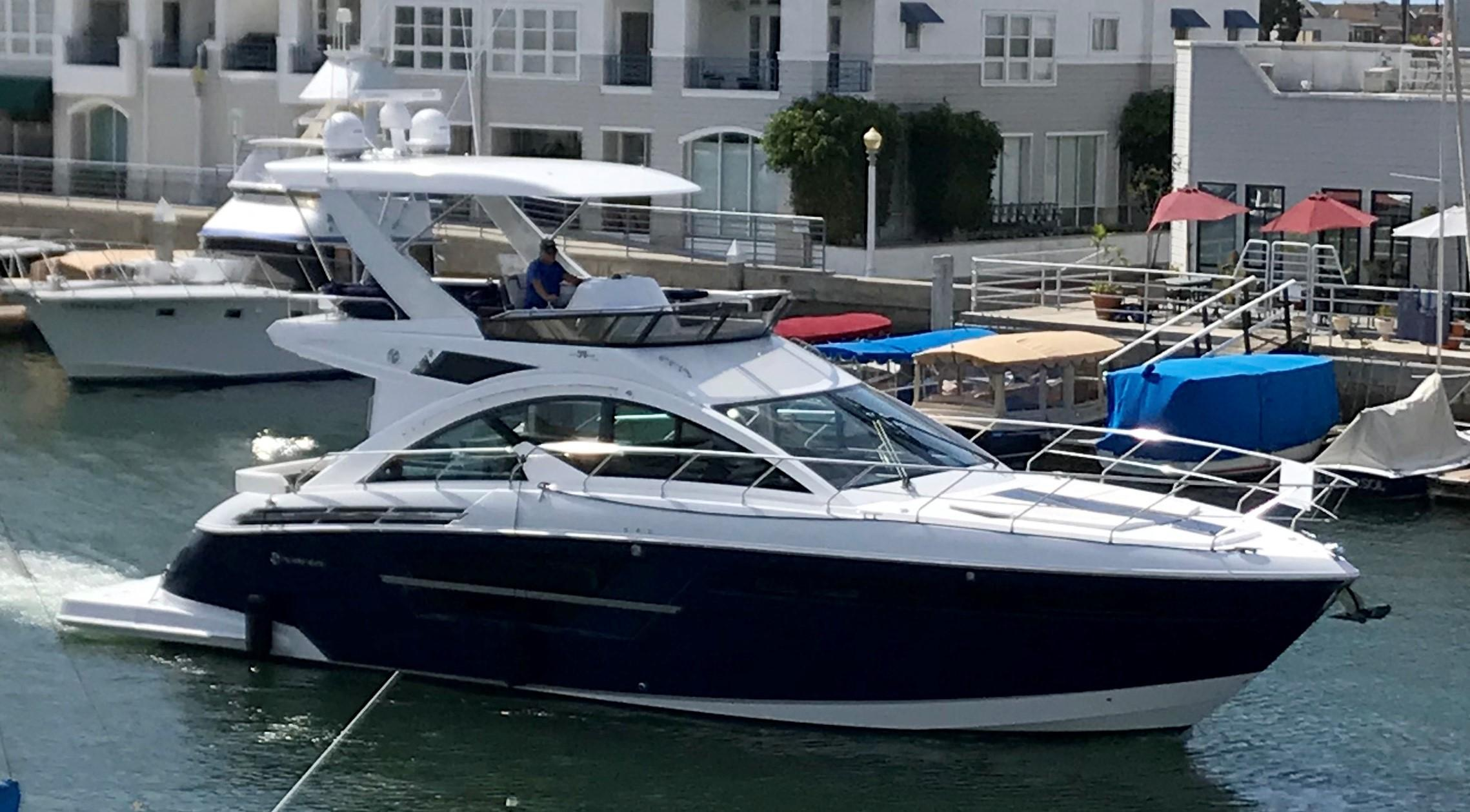 2018 Cruisers Yachts 54 Fly Power Boat For Sale Www Yachtworld Com
