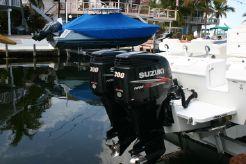 2012 Bluewater 2850 CC