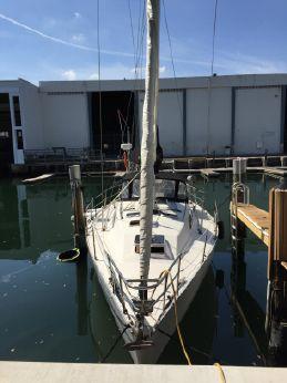1988 Cs Yacht MERLIN