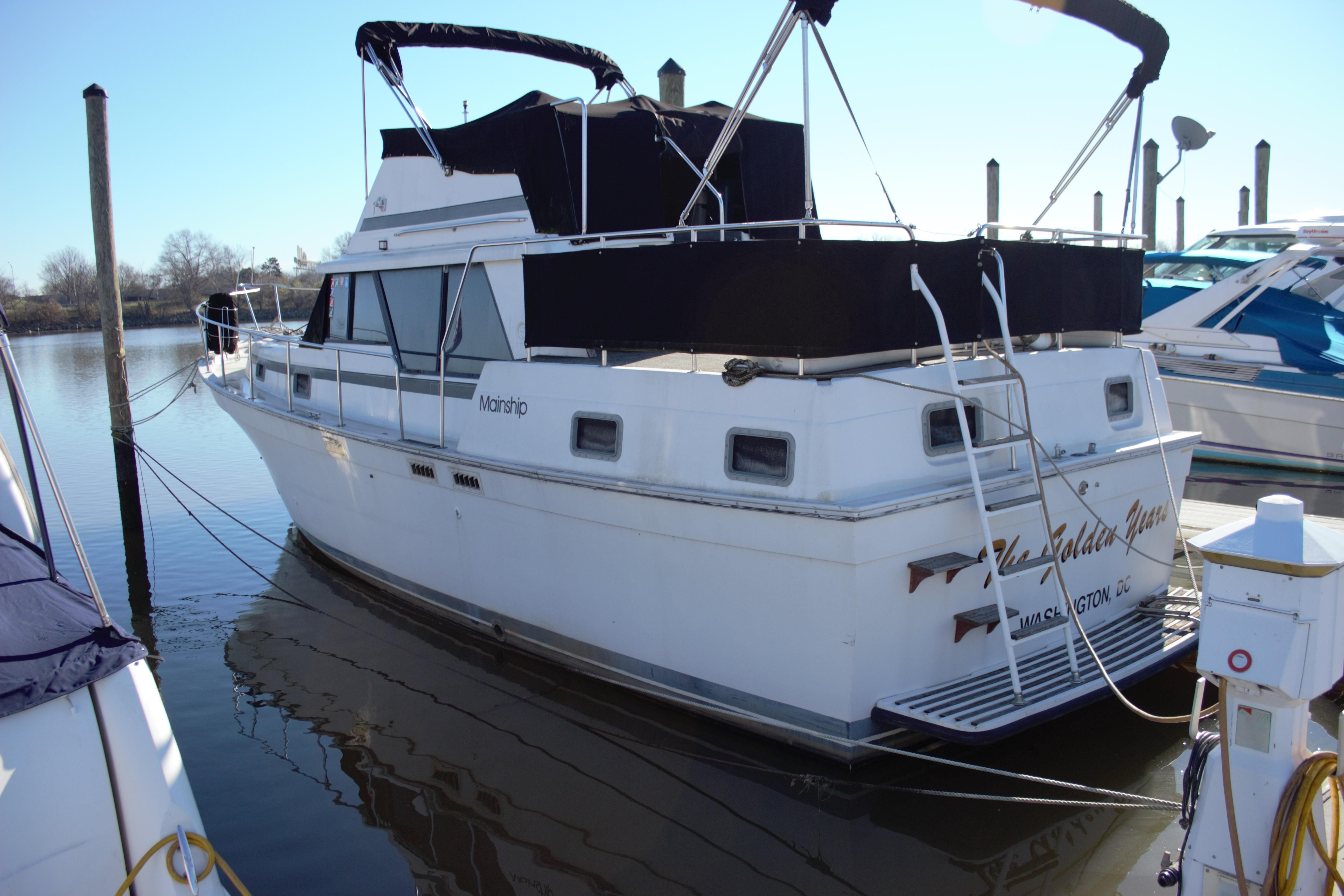 Power Boats For Sale >> 1988 Mainship 36 Double Cabin Aft Cabin for sale - YachtWorld
