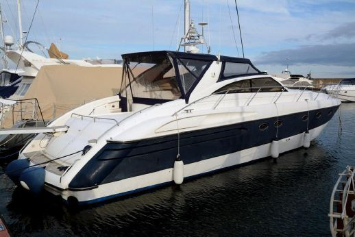 1996 Marine Projects Princess V52