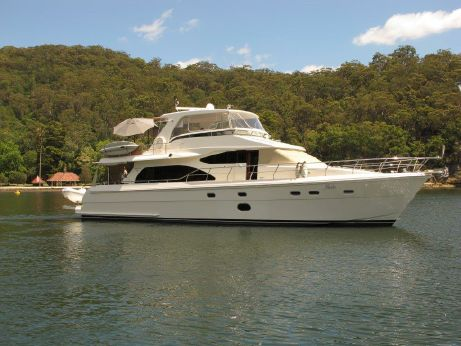 2008 Hampton 68 Pilothouse