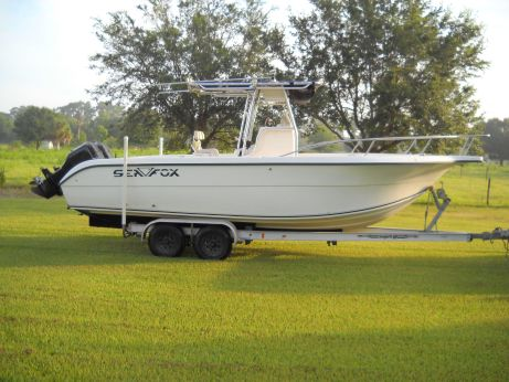 2002 Sea Fox 256CC