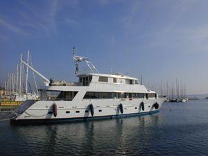 1989 Chantier Naval De Marseille Motor Yacht