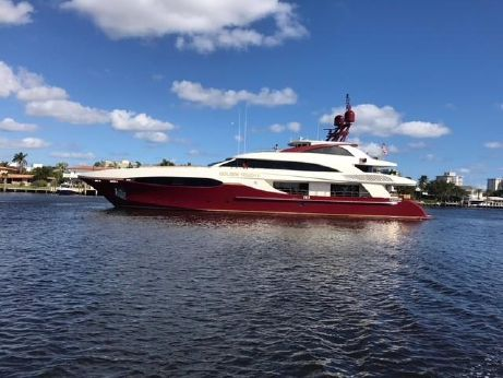 2005 Sensation Yachts TRI-DECK M Y