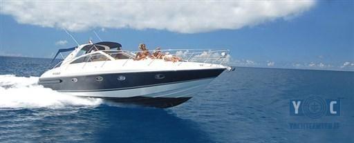 2005 Princess Yachts V 42
