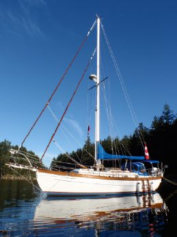 1985 Union 36 Cutter Sloop