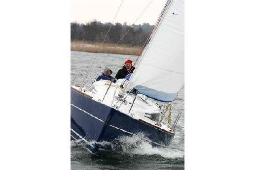 2010 Sun Yachts Huzar 910