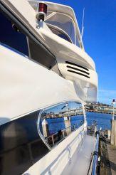 thumbnail photo 2: 2000 Horizon 70 Motor Yacht