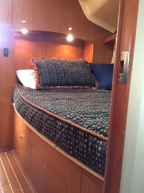 Hunter 41 DS Pullman Berth