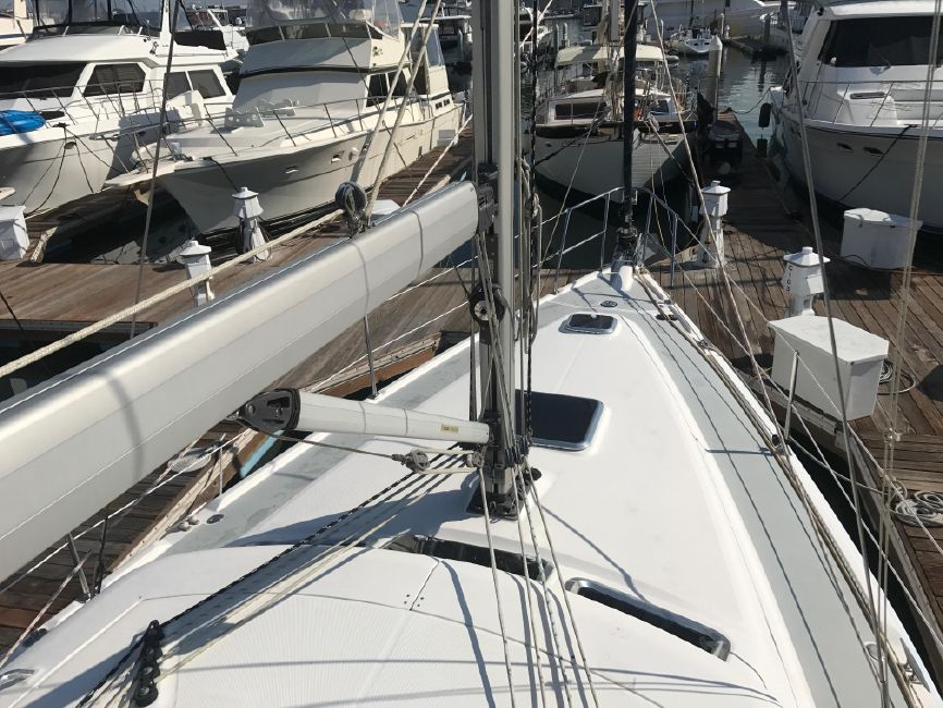 Hunter 41 DS Mast Rigging