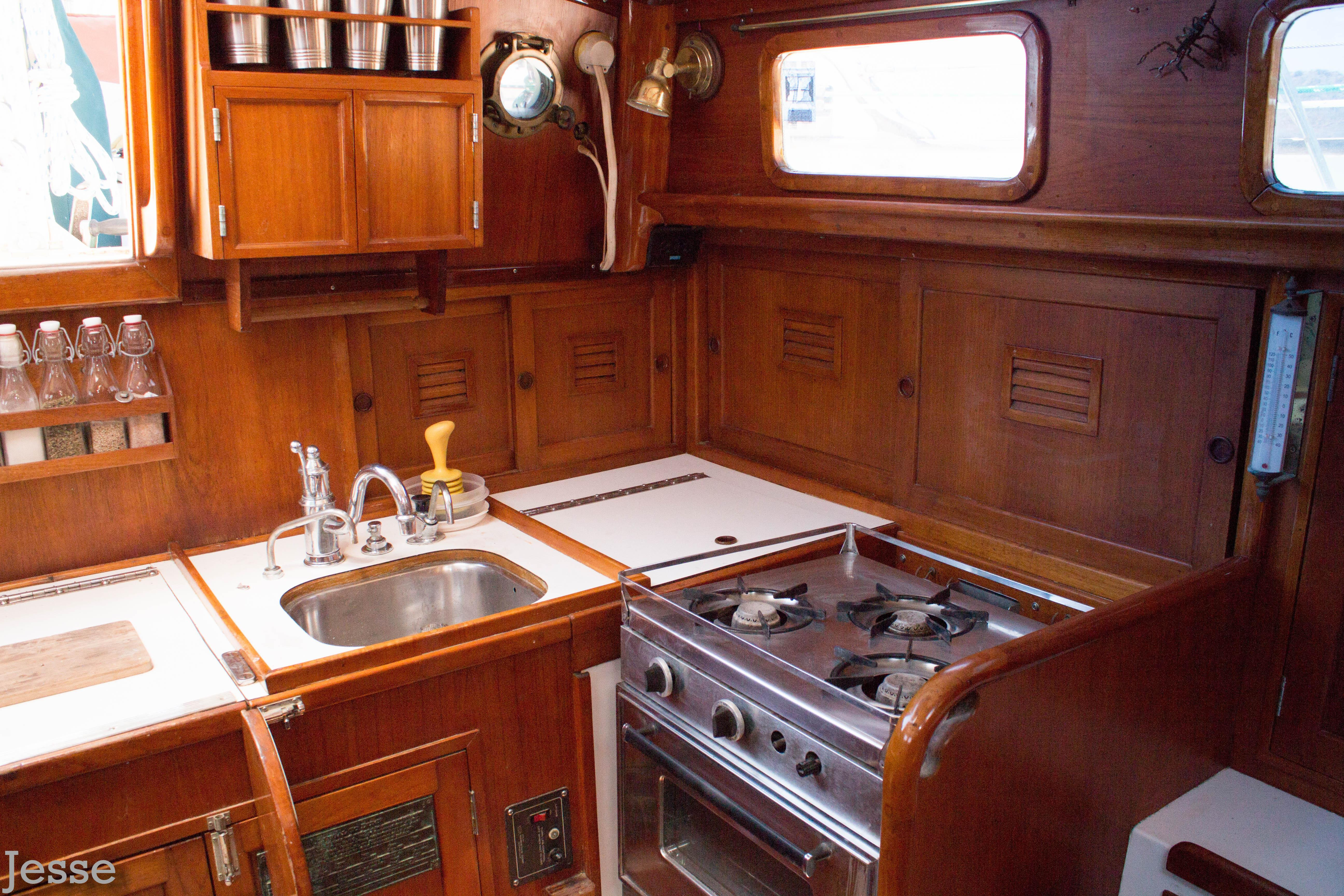 36' Cheoy Lee Clipper Ketch+Photo 20