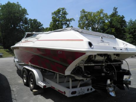 2002 Fountain 35 Lightning twin step