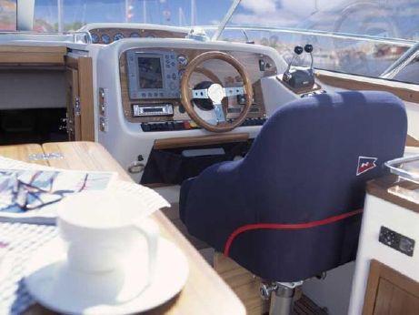 2003 Nimbus 33 Nova Coupe