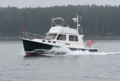 1993 Flye Point Flybridge Cruiser