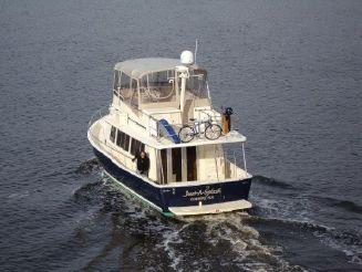 2004 Mainship 40