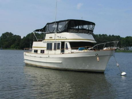 1976 Marine Trading Double Cabin