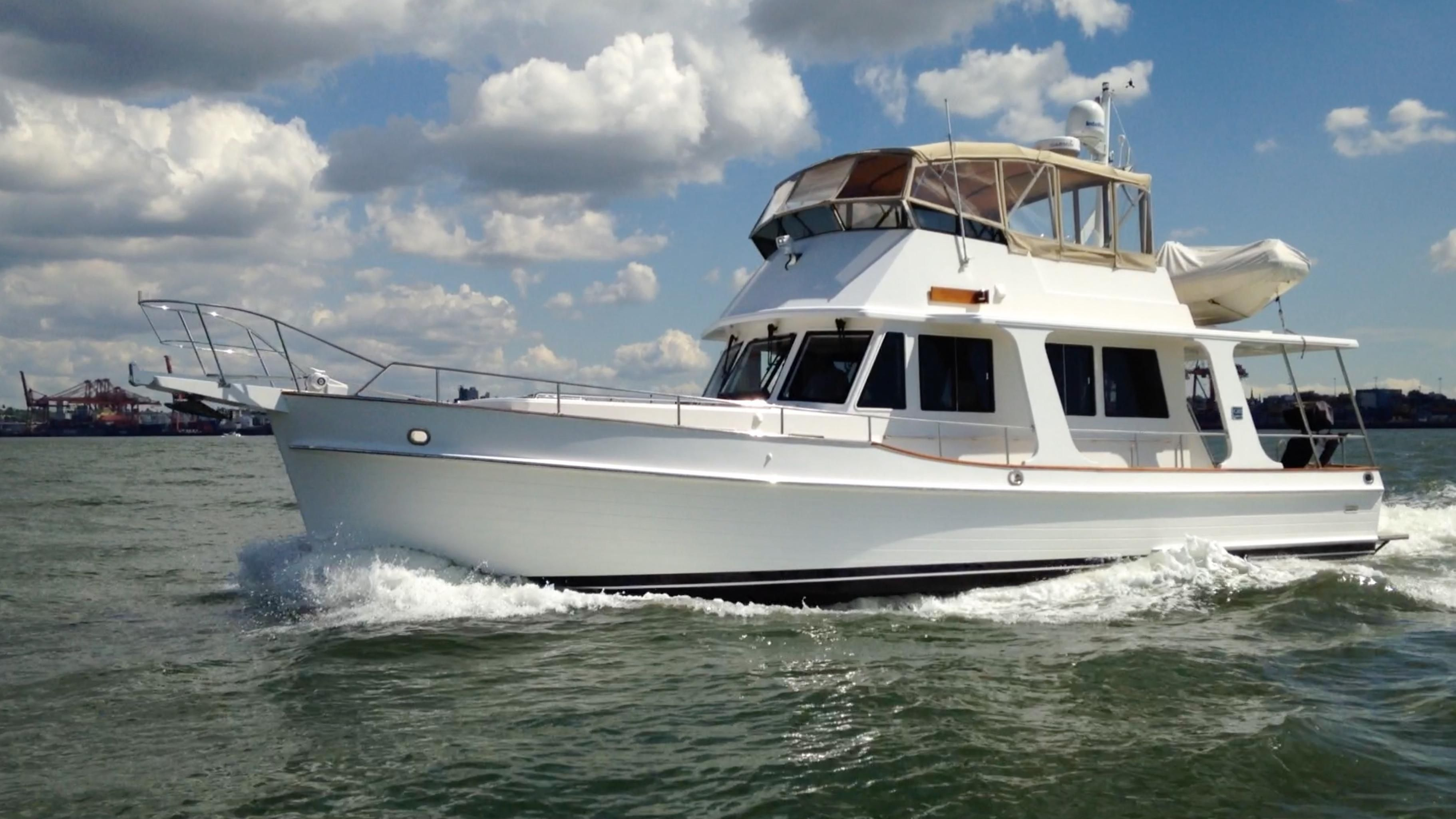2010 Grand Banks 47 Heritage Europa Power Boat For Sale Www Yachtworld Com