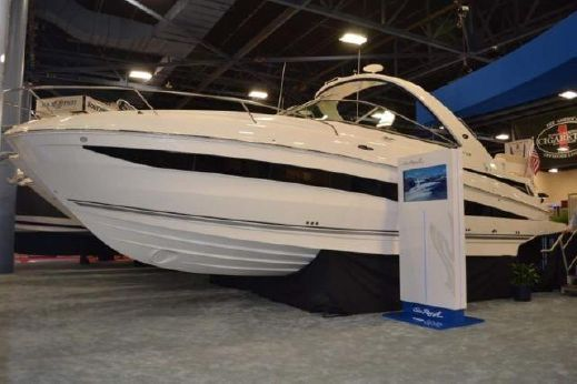 2013 Searay Venture 370