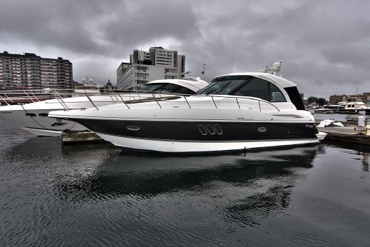 2009 Cruisers Yachts 420 Sports Coupe IPS
