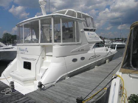 1999 Searay 420 motor yacht