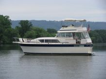 1984 Chris Craft 410 Motor Yacht