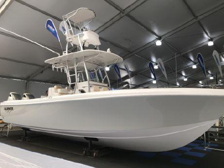 2018 Bluewater Sportfishing 2850