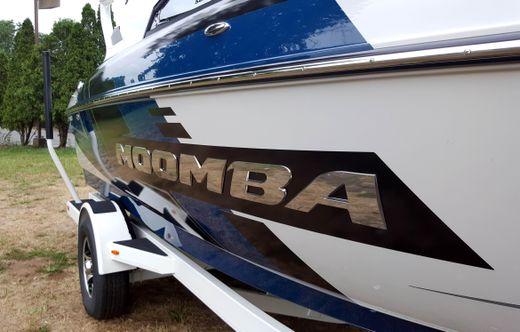 2017 Moomba Mondo