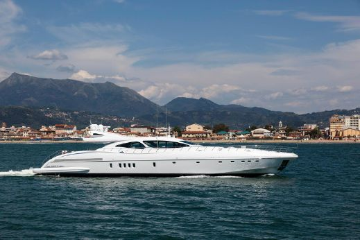 2014 Overmarine Group Mangusta 130