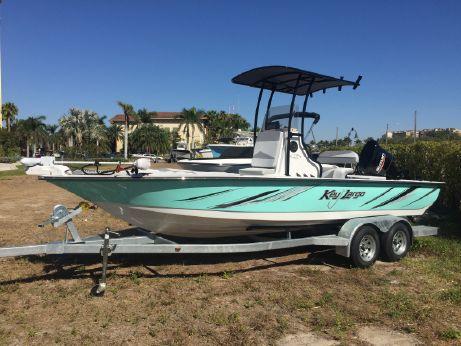 2018 Key Largo 220 Bay Boat