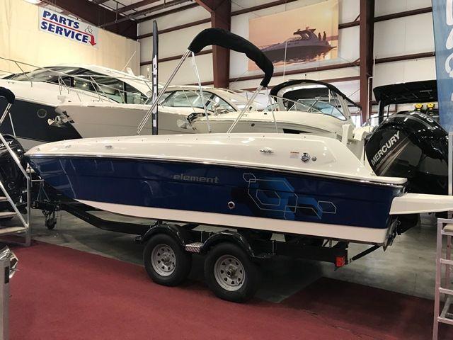 2017 bayliner deck boat element e21